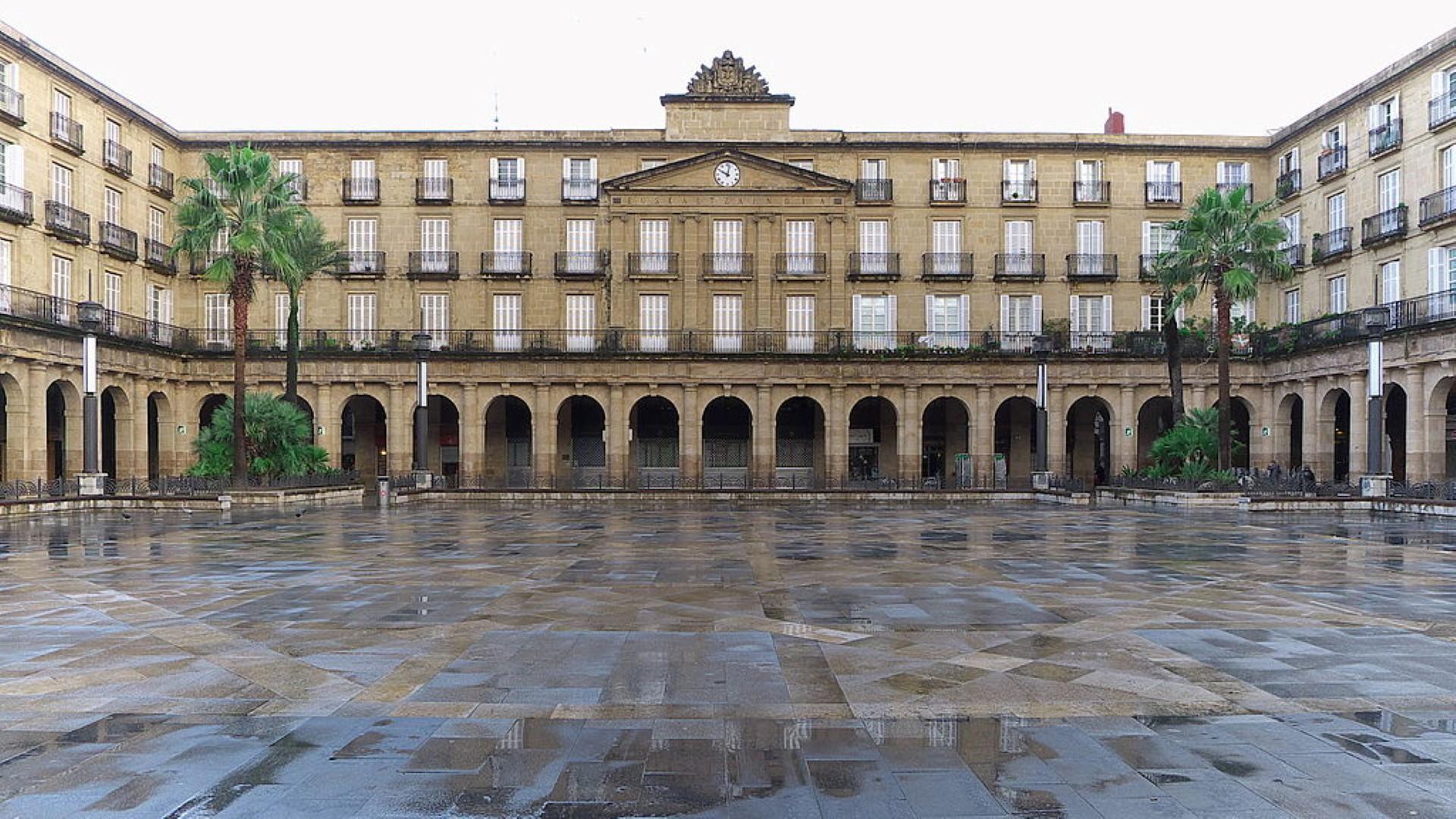 Plaza_Nueva_(Bilbao)