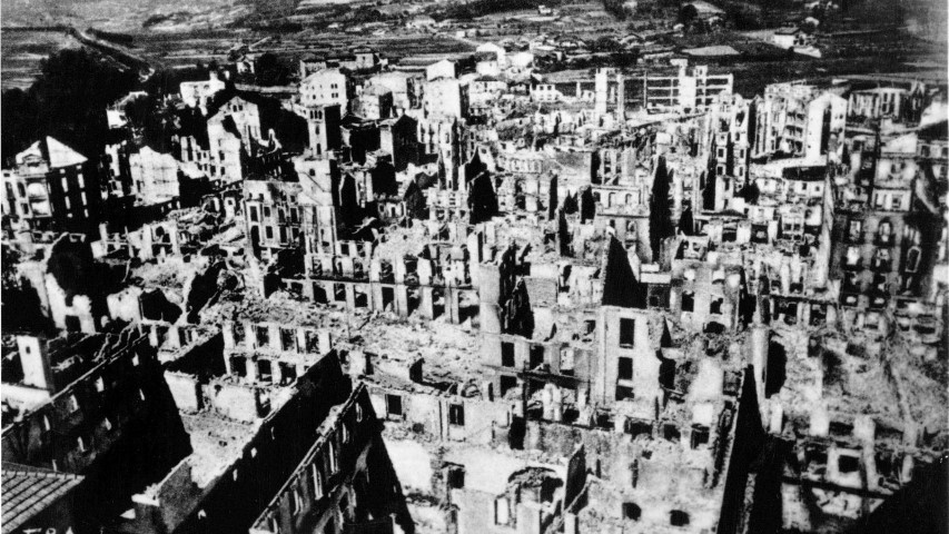 guernica bombardeada